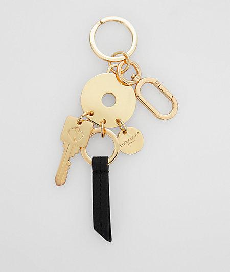 Schlüsselanhänger mit Metalldetails
