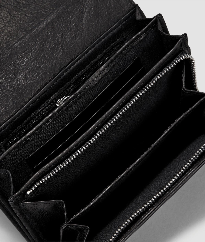 Portemonnaie mit Lacklederdetail