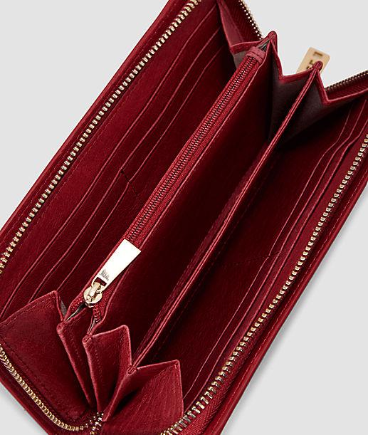 Portemonnaie in Lack-Optik mit goldfarbenen Details