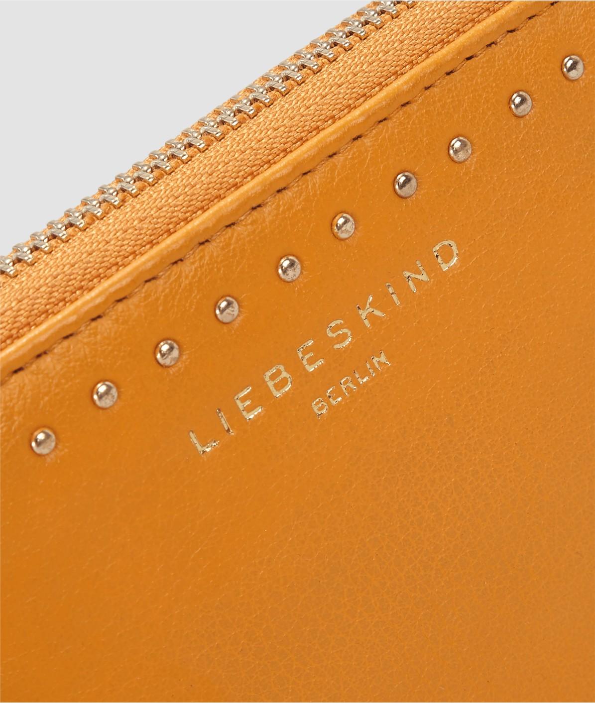 Portemonnaie mit metallischen Besätzen