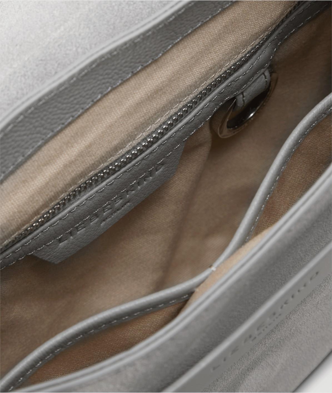 Schultertasche mit Magnetverschluss