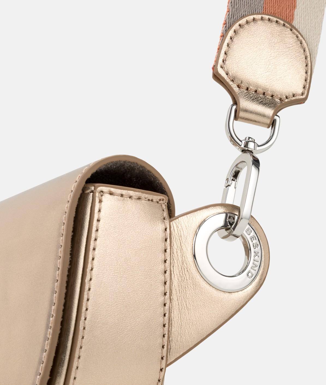 Gürteltasche mit Magnetverschluss