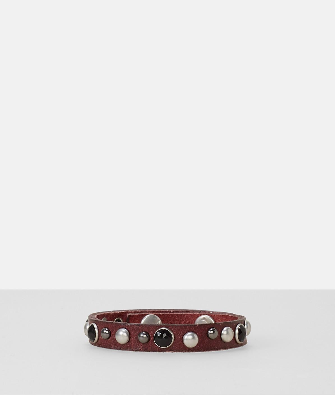 Armband mit Nieten