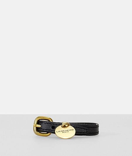 Armband mit Labelanhänger