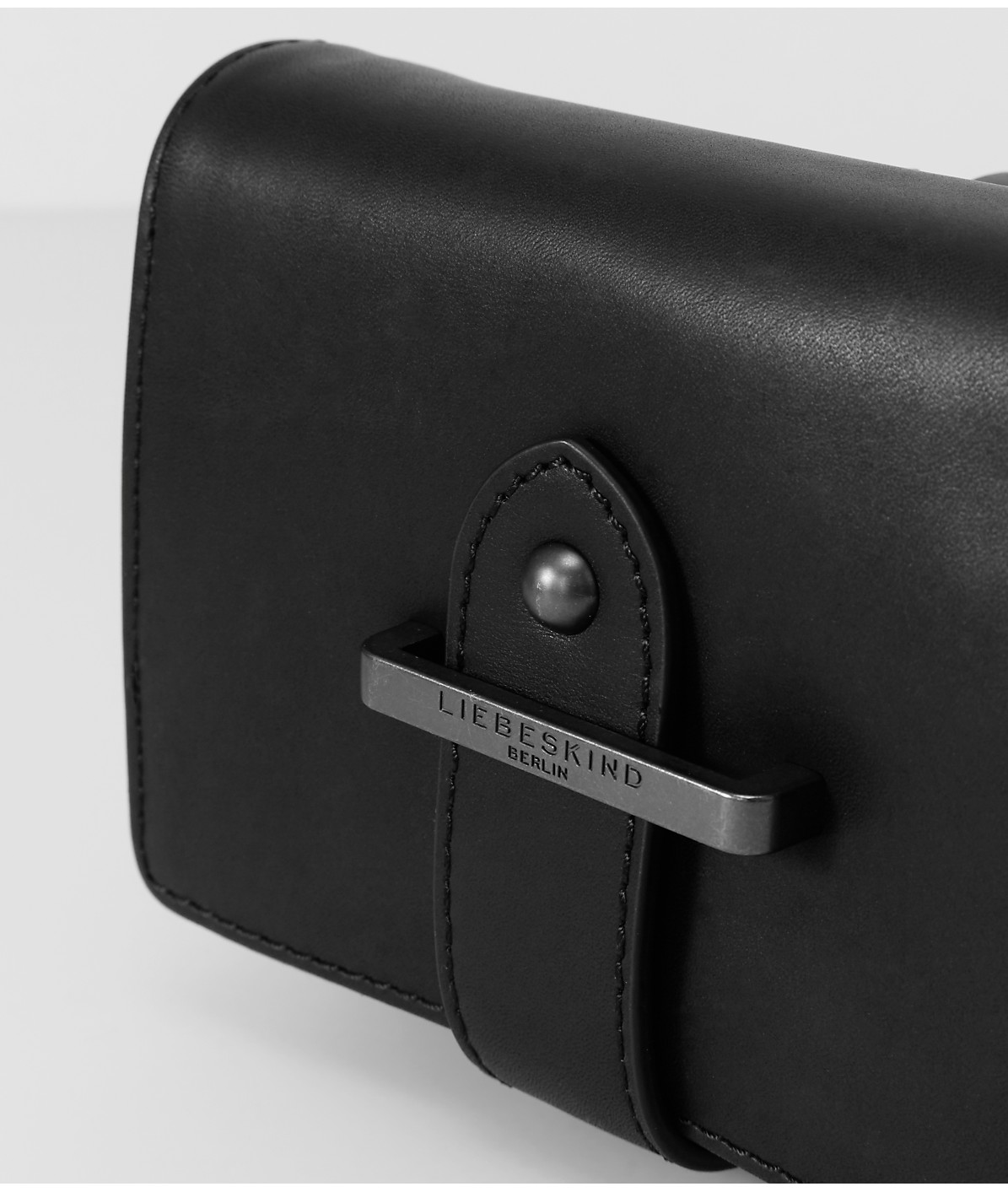 Belt wallet with a metal clasp from liebeskind