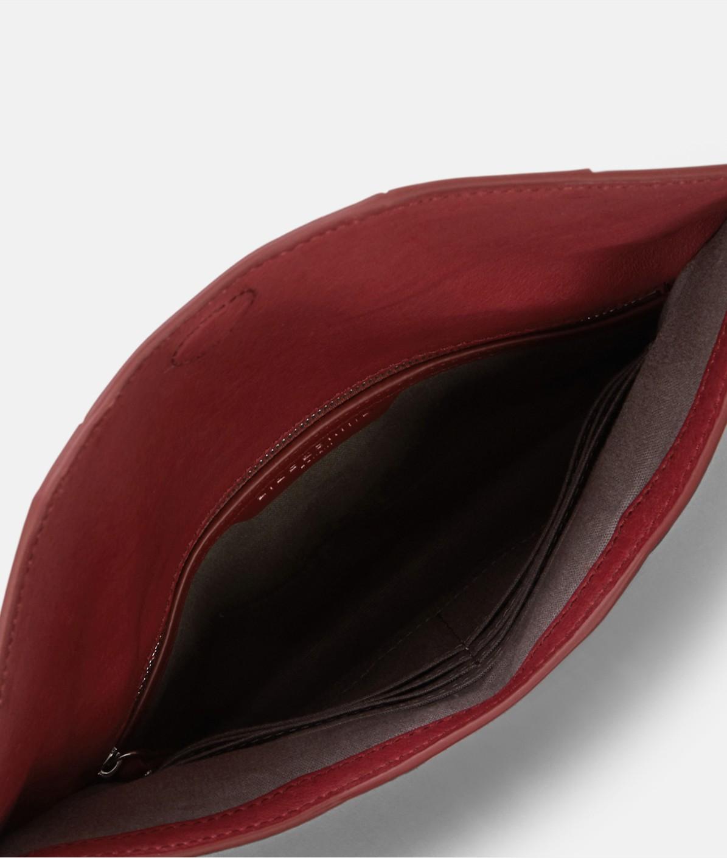 Foldover-Clutch mit großem Metallring