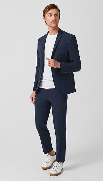 Slim: Stretch-Anzug