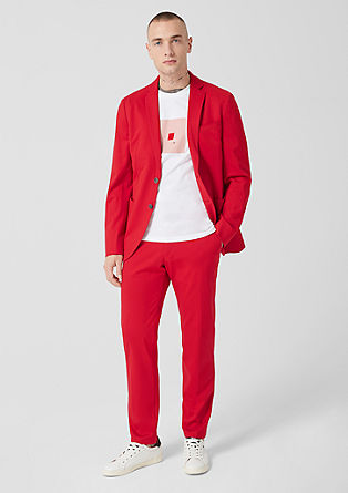 Slim: sporty suit from s.Oliver
